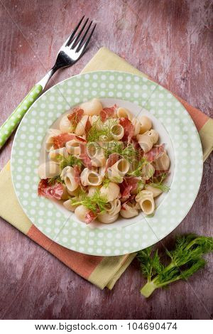 pasta with ham and fennel