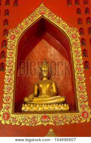 Golden Buddha In Wat Phanan Choeng,Ayutthaya,Thailand.