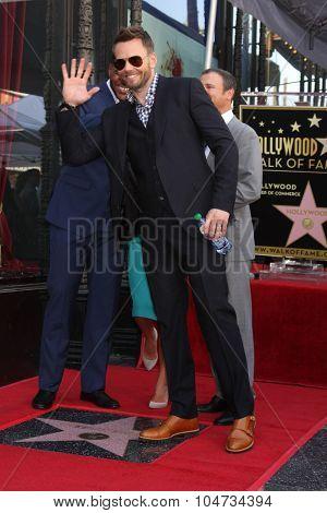 LOS ANGELES - OCT 12:  Joel McHale, Michael Strahan, Kelly Ripa, Michael Gelman at the Kelly Ripa Hollywood Walk of Fame Ceremony at the Hollywood Walk of Fame on October 12, 2015 in Los Angeles, CA