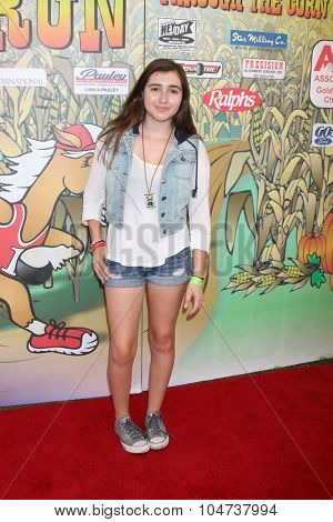 LOS ANGELES - OCT 9:  Victoria Strauss at the Celebrities Salute the Military at Corn Maze at the Big Horse Feed and Mercantile on October 9, 2015 in Temecula, CA