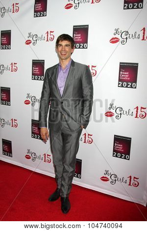 LOS ANGELES - OCT 11:  Christopher Gorham at the Les Girls 15 at the Avalon Hollywood on October 11, 2015 in Los Angeles, CA