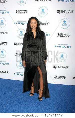 LOS ANGELES - OCT 8:  Ayesha Curry at the Autism Speaks Celebrity Chef Gala at the Barker Hanger on October 8, 2015 in Santa Monica, CA