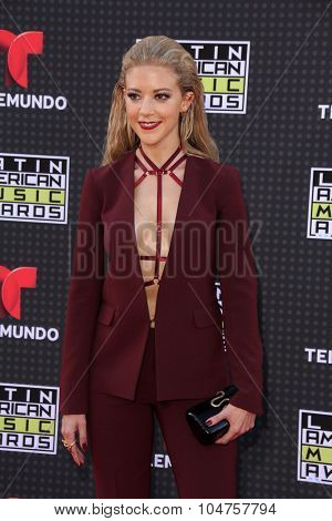 LOS ANGELES - OCT 8:  Fernanda Castillo at the Latin American Music Awards at the Dolby Theater on October 8, 2015 in Los Angeles, CA