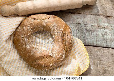 Doughnut Bread Over Wood