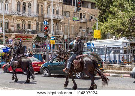 Mounted police, patrol in Jerusalem