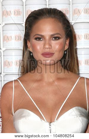 LOS ANGELES - OCT 13:  Chrissy Teigen at the La Mer Celebration Of An Icon Global Event at the Siren Studios on October 13, 2015 in Los Angeles, CA