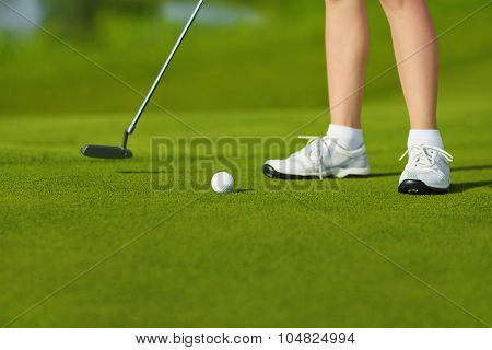 golf hit on green