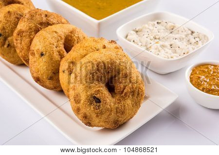 sambar vada and chutney, south indian food