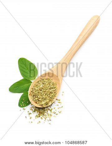 Oregano Leaves And Dried Oregano