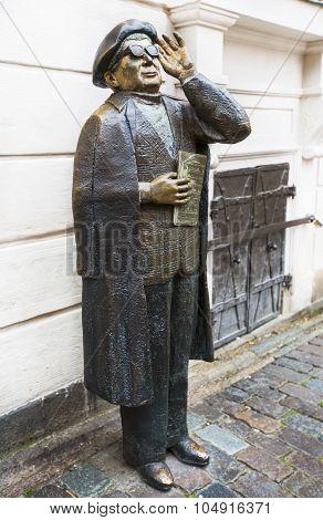 Evert Taube Monument in Stockholm.