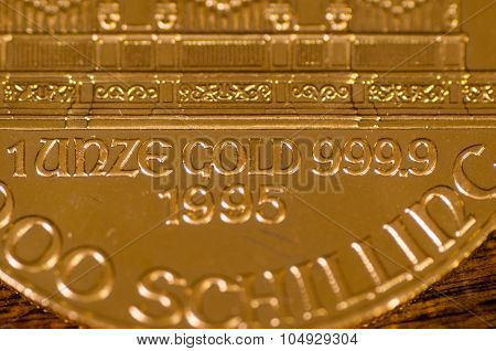 1 Unze Gold 9999 1995 (words) On Austrian Philharmonic Gold Coin