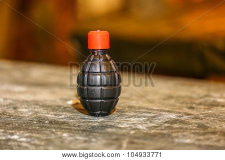 Paintball Grenade With Paint Inside
