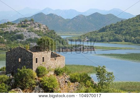 river flows in Lake Skadar, Montenegro