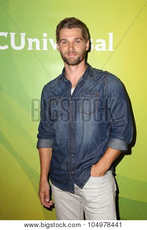 LOS ANGELES - AUG 12:  Mike Vogel at the NBCUniversal 2015 TCA Summer Press Tour at the Beverly Hilton Hotel on August 12, 2015 in Beverly Hills, CA