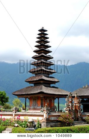 Temple Of Ulun Danu