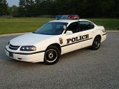 foto of lightbar  - fully marked american police car with lettering and light bar - JPG