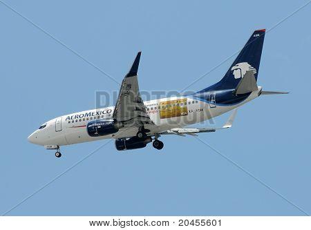 Aeromexico Passenger Airplane