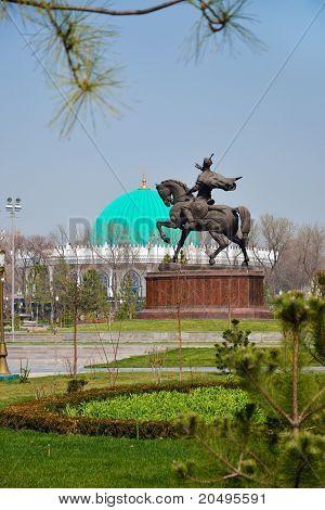 Tamerlane Square In Tashkent