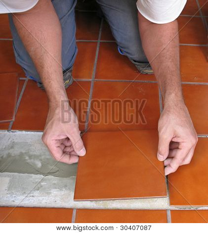 Laying ceramic tile