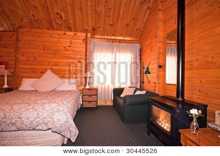 Lodge dormitorio Interior con chimenea