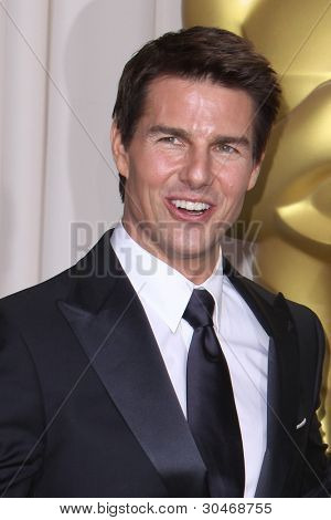 LOS ANGELES - FEB 26:  Tom Cruise arrives at the 84th Academy Awards at the Hollywood & Highland Center on February 26, 2012 in Los Angeles, CA.