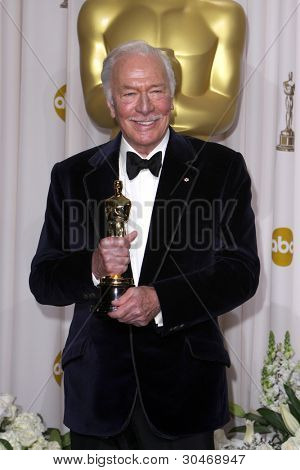 LOS ANGELES - FEB 26:  Christopher Plummer arrives at the 84th Academy Awards at the Hollywood & Highland Center on February 26, 2012 in Los Angeles, CA.