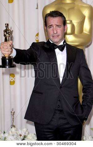 LOS ANGELES - FEB 26:  Jean Dujardin arrives at the 84th Academy Awards at the Hollywood & Highland Center on February 26, 2012 in Los Angeles, CA.