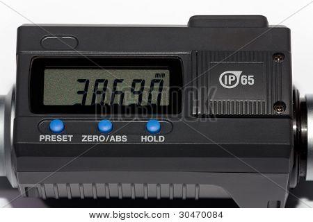 Digital display of a micrometer