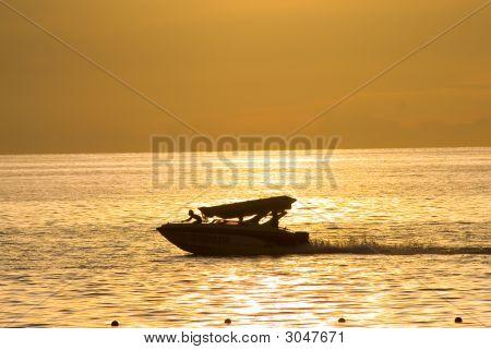 Moving Speedboat