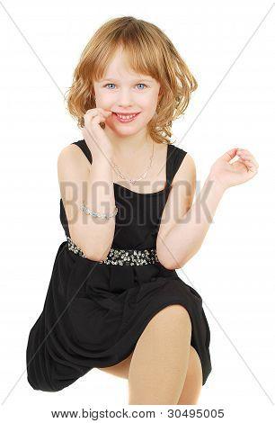 Cavcasian menina elegante vestido de noite
