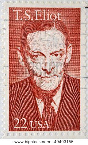 Estados Unidos - CIRCA 1986: sello impreso en show de Estados Unidos Thomas Stearns Eliot una americano-b