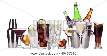 Imagens diferentes do conjunto de álcool isolado