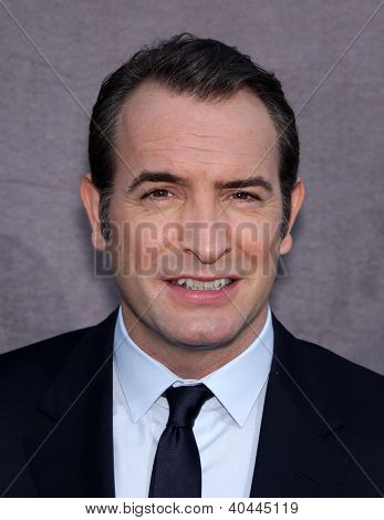 LOS ANGELES - JAN 12:  JEAN DUJARDIN arriving to Critic's Choice Movie Awards 2012  on January 12, 2012 in Hollywood, CA