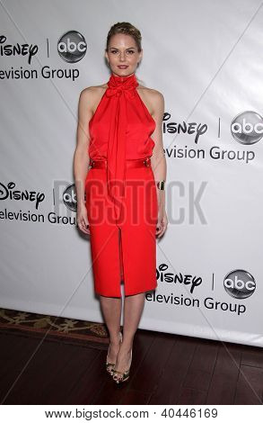 LOS ANGELES - JAN 10:  JENNIFER MORRISON ABC All Star Winter TCA Party 2012  on January 10, 2012 in Pasadena, CA