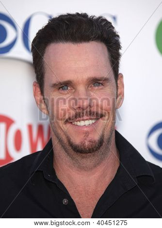 LOS ANGELES - AUG 03:  KEVIN DILLON Summer TCA Party 2011 - CBS / SHOWTIME / CW   on August 03, 2011 in Beverly Hills, CA