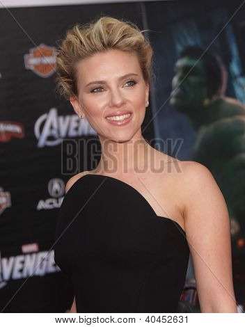LOS ANGELES - APR 11:  Scarlett Johansson