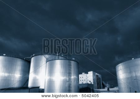 Oil And Fuel Tanks