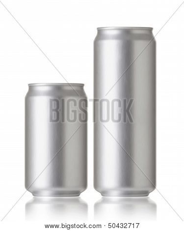 Blank aluminum beer or soda can, Realistic photo image