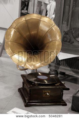 Gramophone Sepia