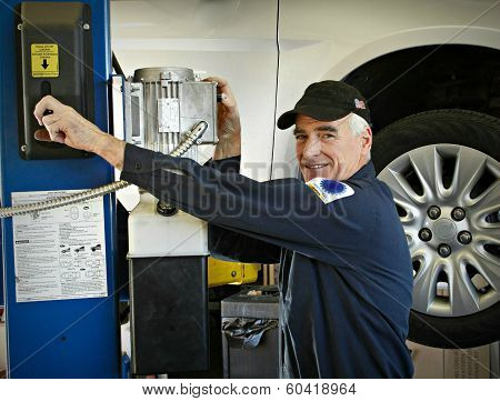 The Master Auto Mechanic