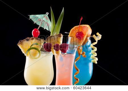Tropical Drinks - Most Popular Cocktails Series