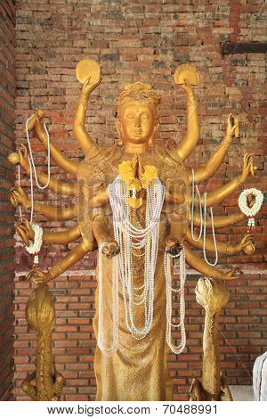 Golden Guanyin With Thousand Arms