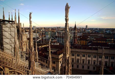 Gothic adornment on church in Milano