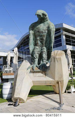 Eagle sculpture by Ilana Goor in Herzliya Marina
