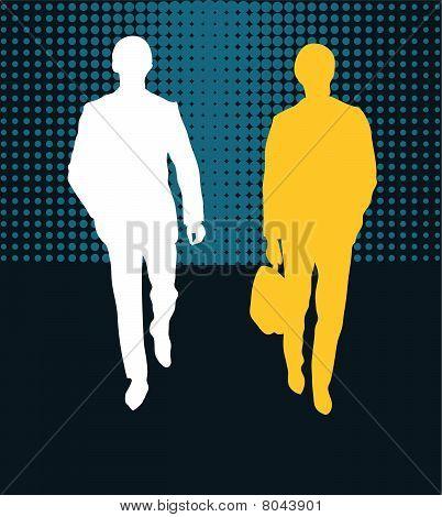 Pareja de hombres de negocios caminando hacia adelante