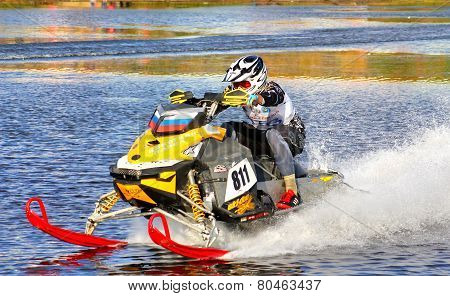 Snowmobile Watercross