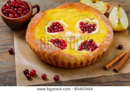 piece of apple and Cranberry jelly pie