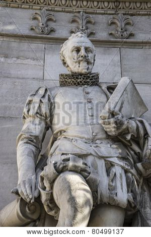 Cervantes sculpture, National Library of Madrid, Spain. architecture and art