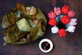 foto of food pyramid  - Vietnamese food name Banh Gio - JPG