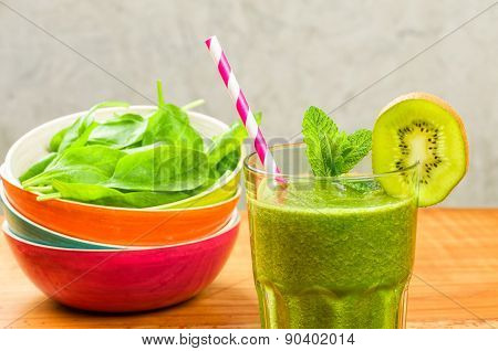 A Green Smoothie With Kiwi And Spinach